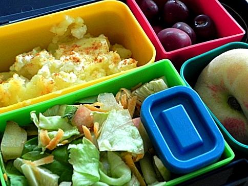 Lunchbox menu cottage pie