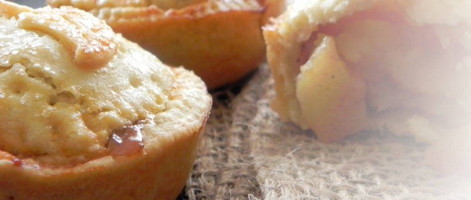 Mini apple pies for lunchbox