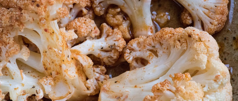 Cauliflower with ranch vegan sauce