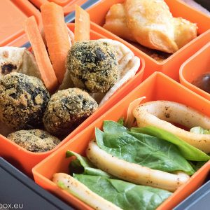 Lunchbox меню Кюфтета от лапад