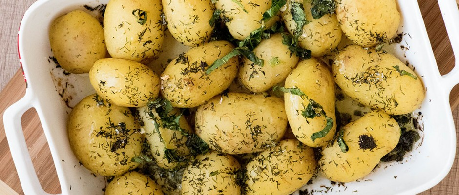 spring potatoes with butter and garlic