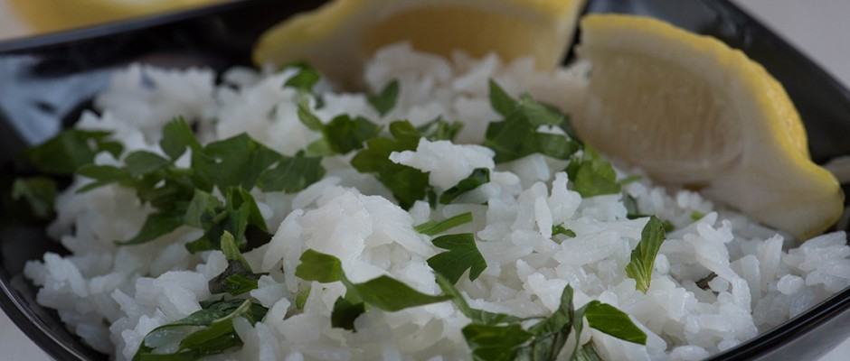 Coconut rice with lemon and mint