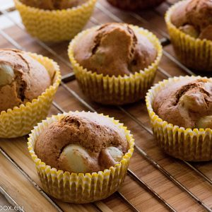 Muffins with honey and grapes for Lunchbox