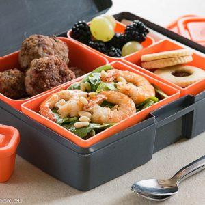 Lunchbox menu: Пуешки хапки със сусам