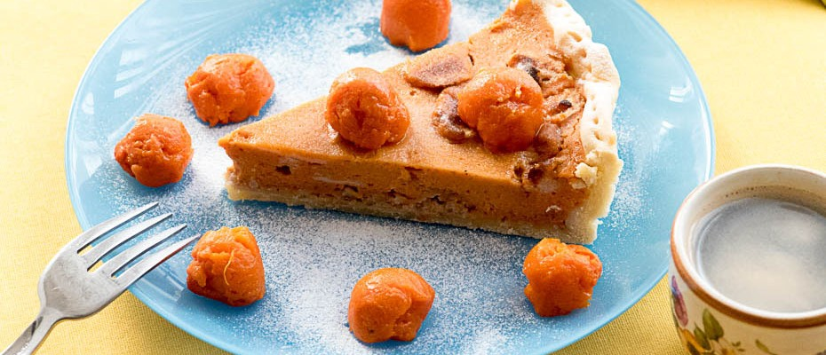 Pumpkin Pie with egg white balls