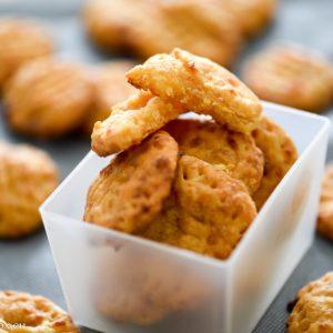Солени бисквитки с крема сирене