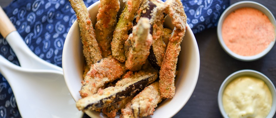 Egg plant oven bakes fries with aioli